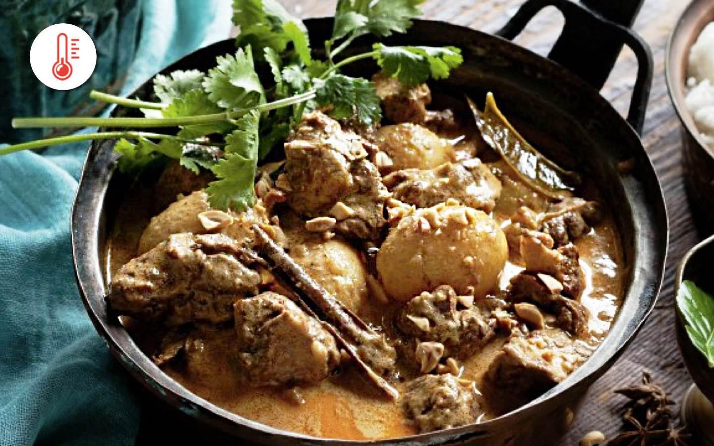 Hovězí massaman curry se skořicí, tamarindem a rýží