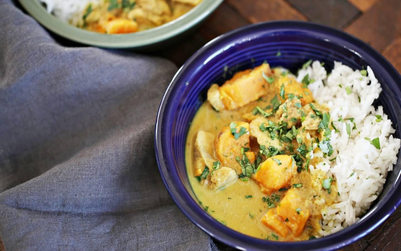 Kuřecí curry po vietnamsku, rýže
