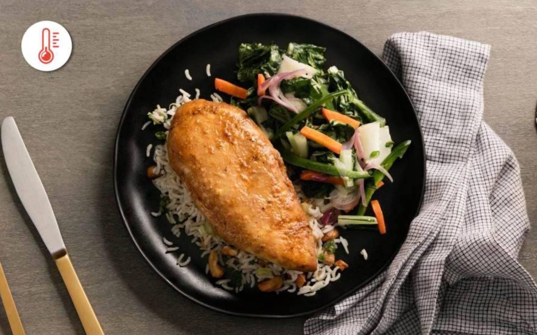 Kuřecí steak v zázvorové omáčce se zeleninou a rýží