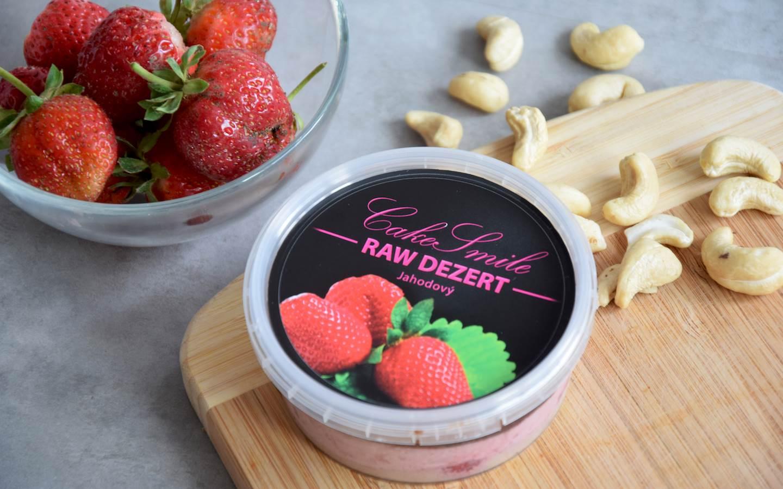Kokosovo-jahodový raw dortík